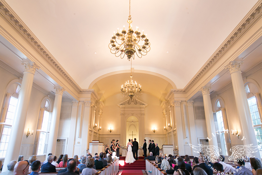 fort-worth-wedding-robert-carr-chapel-reata-bliss-bridal-salon-david-kimmel-floral-greg-beck-by-lightly-photography-0035