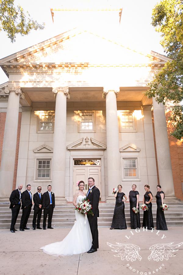 fort-worth-wedding-robert-carr-chapel-reata-bliss-bridal-salon-david-kimmel-floral-greg-beck-by-lightly-photography-0050