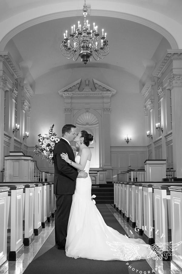 fort-worth-wedding-robert-carr-chapel-reata-bliss-bridal-salon-david-kimmel-floral-greg-beck-by-lightly-photography-0061