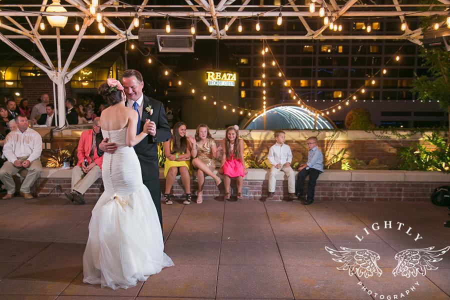 fort-worth-wedding-robert-carr-chapel-reata-bliss-bridal-salon-david-kimmel-floral-greg-beck-by-lightly-photography-0078