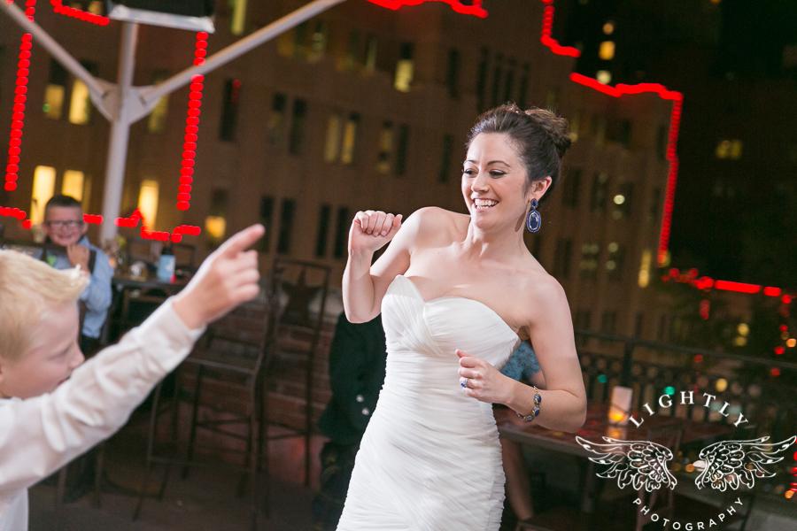 fort-worth-wedding-robert-carr-chapel-reata-bliss-bridal-salon-david-kimmel-floral-greg-beck-by-lightly-photography-0081