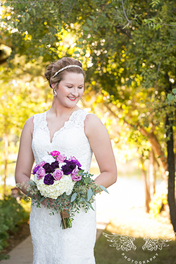 wedding-at-thistle-springs-ranch-bliss-bridal-salon-remebrance-flowers-leforce-entertainment-mens-warehouse-serendipity-events-by-tina-lightly-photography-0033