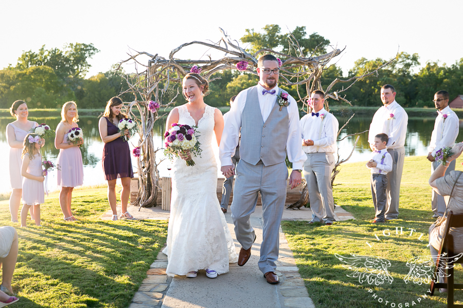 wedding-at-thistle-springs-ranch-bliss-bridal-salon-remebrance-flowers-leforce-entertainment-mens-warehouse-serendipity-events-by-tina-lightly-photography-0066