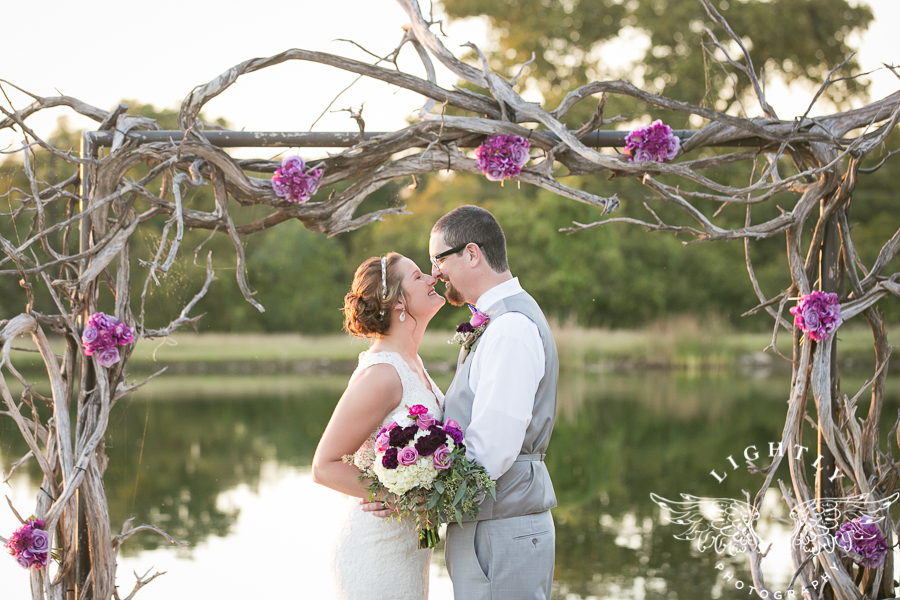 wedding-at-thistle-springs-ranch-bliss-bridal-salon-remebrance-flowers-leforce-entertainment-mens-warehouse-serendipity-events-by-tina-lightly-photography-0070