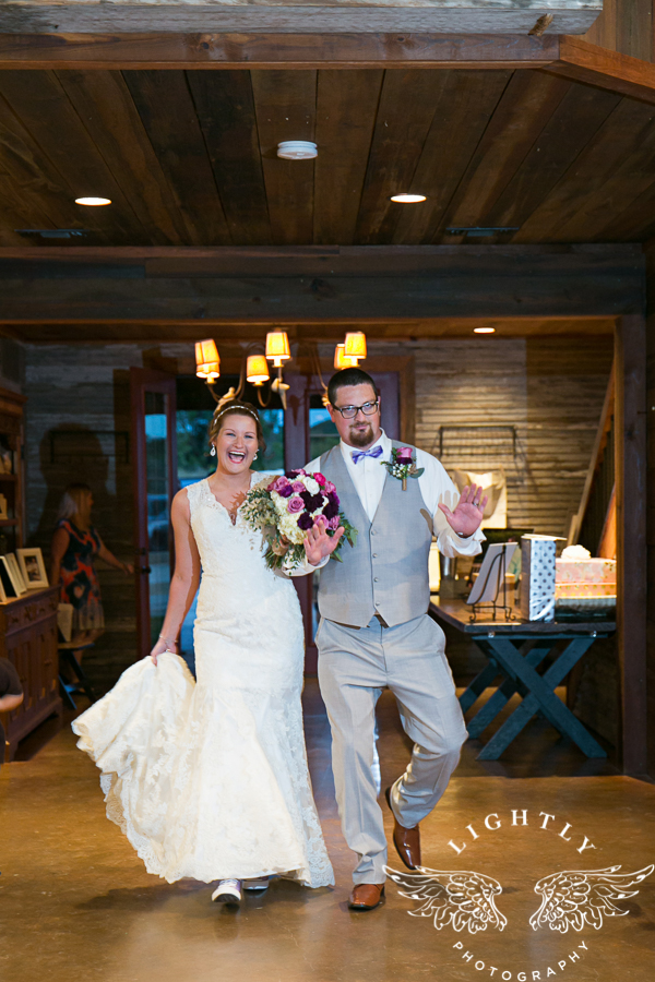 wedding-at-thistle-springs-ranch-bliss-bridal-salon-remebrance-flowers-leforce-entertainment-mens-warehouse-serendipity-events-by-tina-lightly-photography-0085