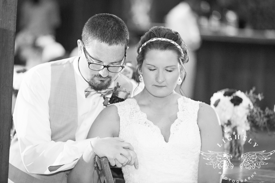 wedding-at-thistle-springs-ranch-bliss-bridal-salon-remebrance-flowers-leforce-entertainment-mens-warehouse-serendipity-events-by-tina-lightly-photography-0093