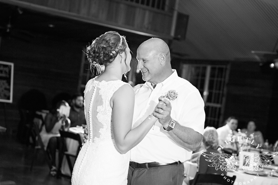 wedding-at-thistle-springs-ranch-bliss-bridal-salon-remebrance-flowers-leforce-entertainment-mens-warehouse-serendipity-events-by-tina-lightly-photography-0097