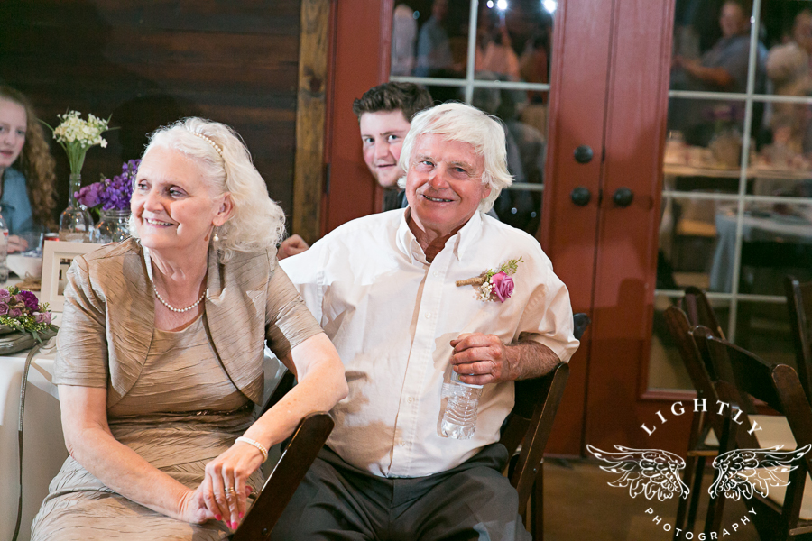 wedding-at-thistle-springs-ranch-bliss-bridal-salon-remebrance-flowers-leforce-entertainment-mens-warehouse-serendipity-events-by-tina-lightly-photography-0102