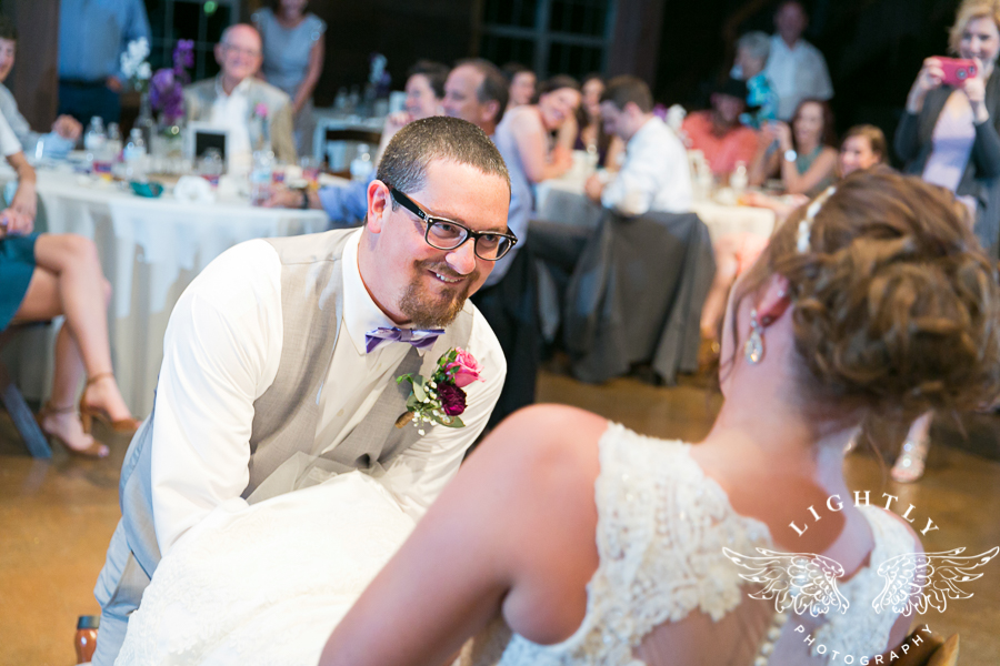 wedding-at-thistle-springs-ranch-bliss-bridal-salon-remebrance-flowers-leforce-entertainment-mens-warehouse-serendipity-events-by-tina-lightly-photography-0114