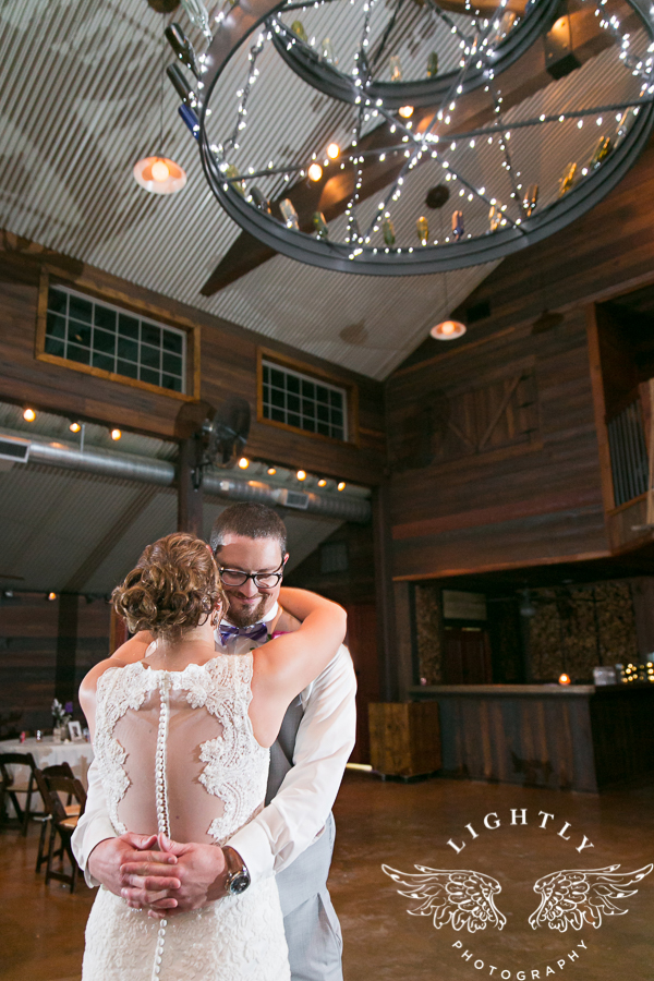 wedding-at-thistle-springs-ranch-bliss-bridal-salon-remebrance-flowers-leforce-entertainment-mens-warehouse-serendipity-events-by-tina-lightly-photography-0127