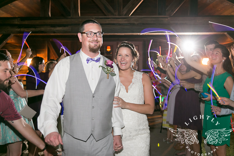 wedding-at-thistle-springs-ranch-bliss-bridal-salon-remebrance-flowers-leforce-entertainment-mens-warehouse-serendipity-events-by-tina-lightly-photography-0129