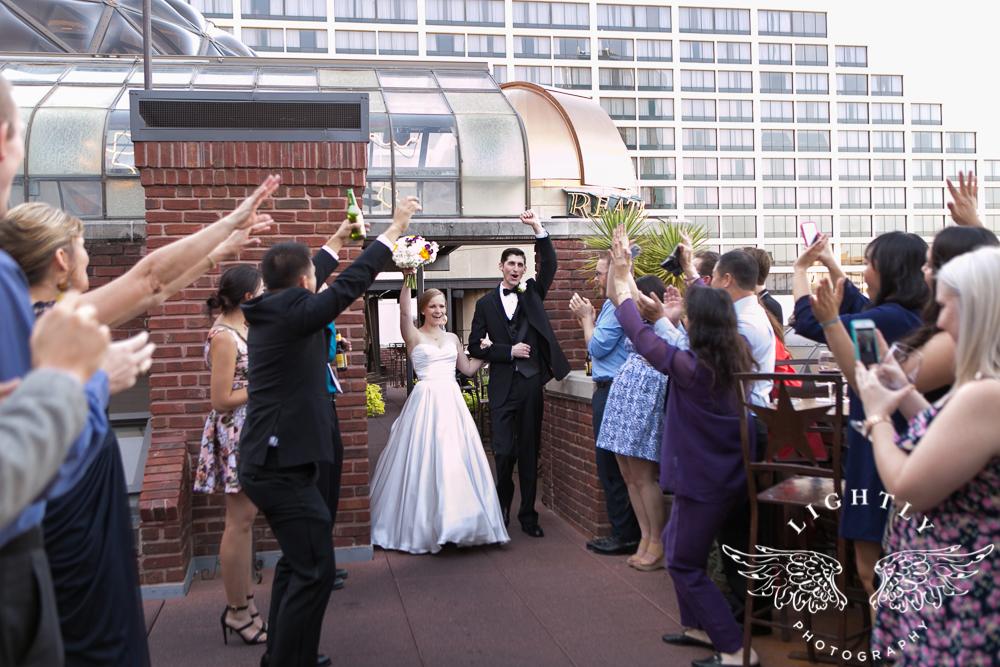 wedding-robert-carr-tcu-reata-restaurant-downtown-fort-worth-lip-service-makeup-amanda-mccollum-lightly-photography-067