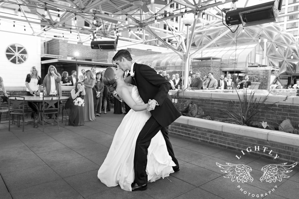 wedding-robert-carr-tcu-reata-restaurant-downtown-fort-worth-lip-service-makeup-amanda-mccollum-lightly-photography-072