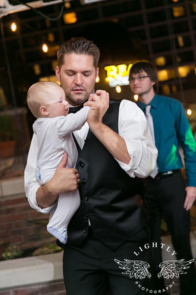 wedding-robert-carr-tcu-reata-restaurant-downtown-fort-worth-lip-service-makeup-amanda-mccollum-lightly-photography-090