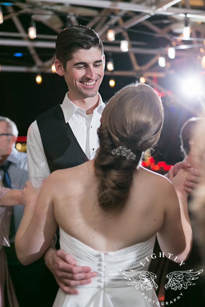 wedding-robert-carr-tcu-reata-restaurant-downtown-fort-worth-lip-service-makeup-amanda-mccollum-lightly-photography-091
