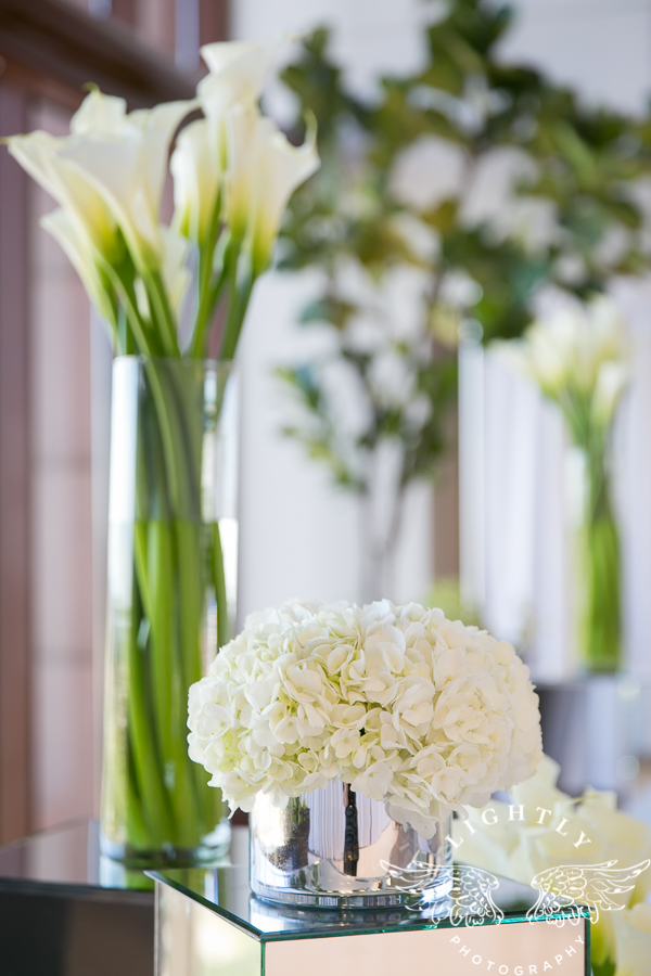 dallas-wedding-city-place-towers-lizzie-bees-flowers-lightly-photography-0011