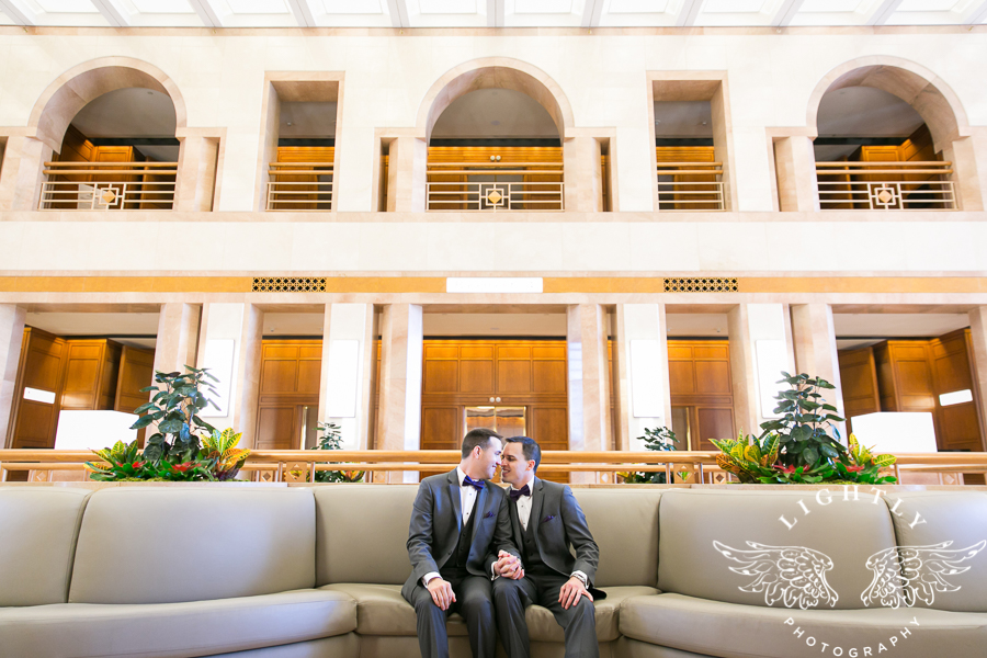 dallas-wedding-city-place-towers-lizzie-bees-flowers-lightly-photography-0028
