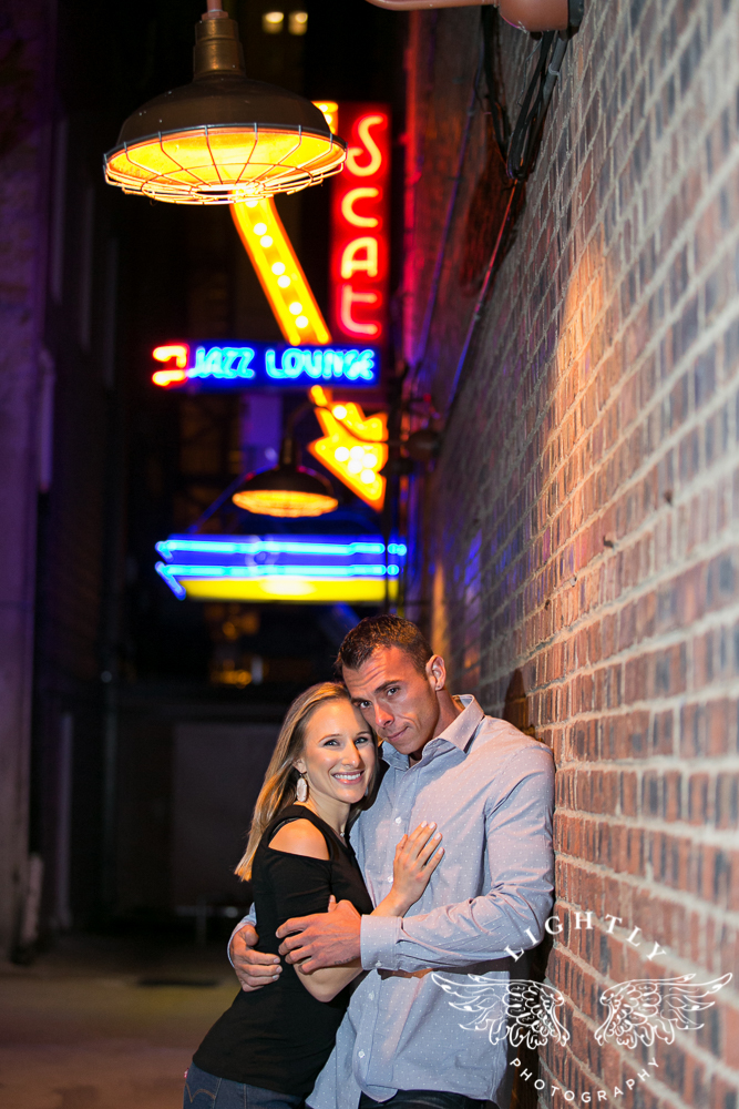 engagement-session-fort-worth-stockyards-downtown-fort-worth-amanda-mccollum-lightly-photography-022