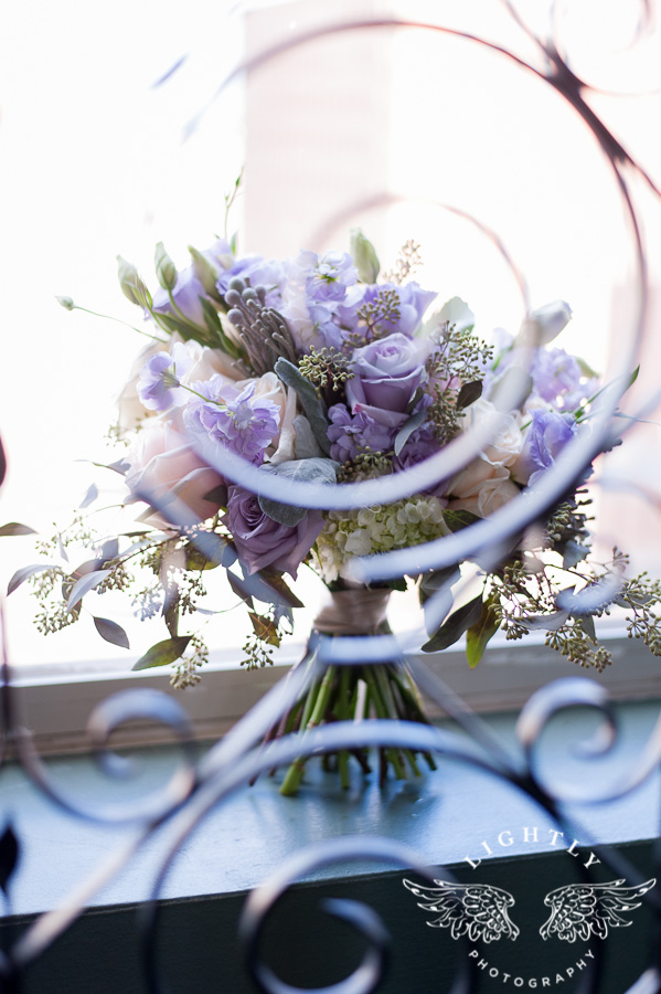 erica-andrew-wedding-perfect-plan-events-bliss-purple-flowers-fort-worth-club-reception-and-wedding-day-ideas-lightly-photography-texas-0007