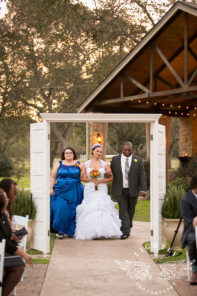 wedding-the-orchard-azle-texas-ranch-wedding-amanda-mccollum-lightly-photography-017