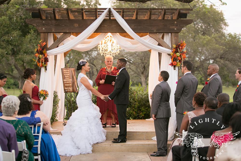 wedding-the-orchard-azle-texas-ranch-wedding-amanda-mccollum-lightly-photography-023