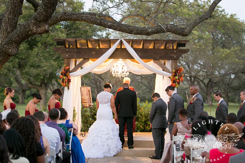 wedding-the-orchard-azle-texas-ranch-wedding-amanda-mccollum-lightly-photography-032