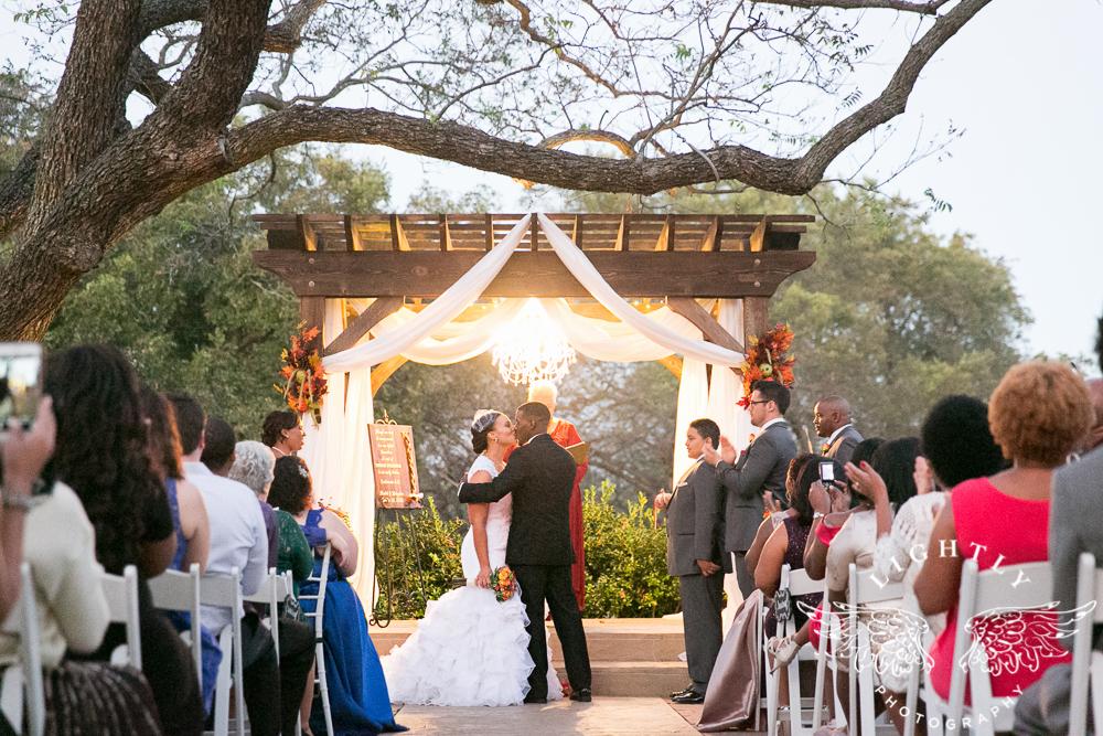 wedding-the-orchard-azle-texas-ranch-wedding-amanda-mccollum-lightly-photography-037