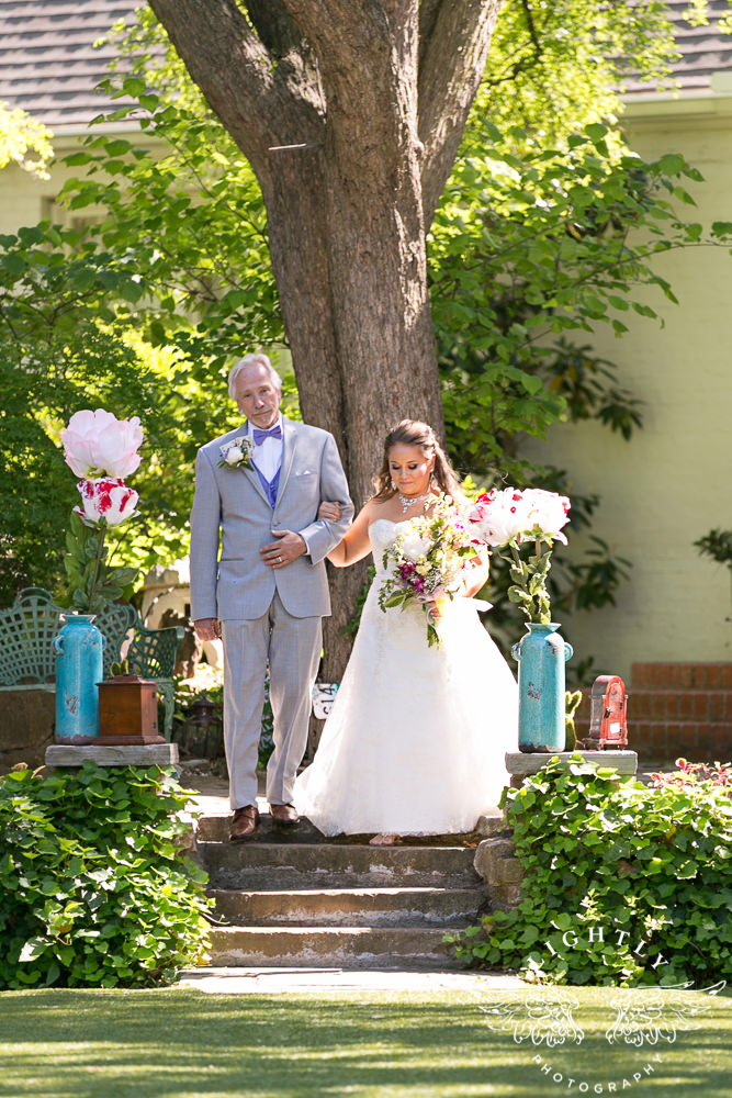 Rachel & Jonathan – Wedding at Chandor Gardens – Lightly Photography